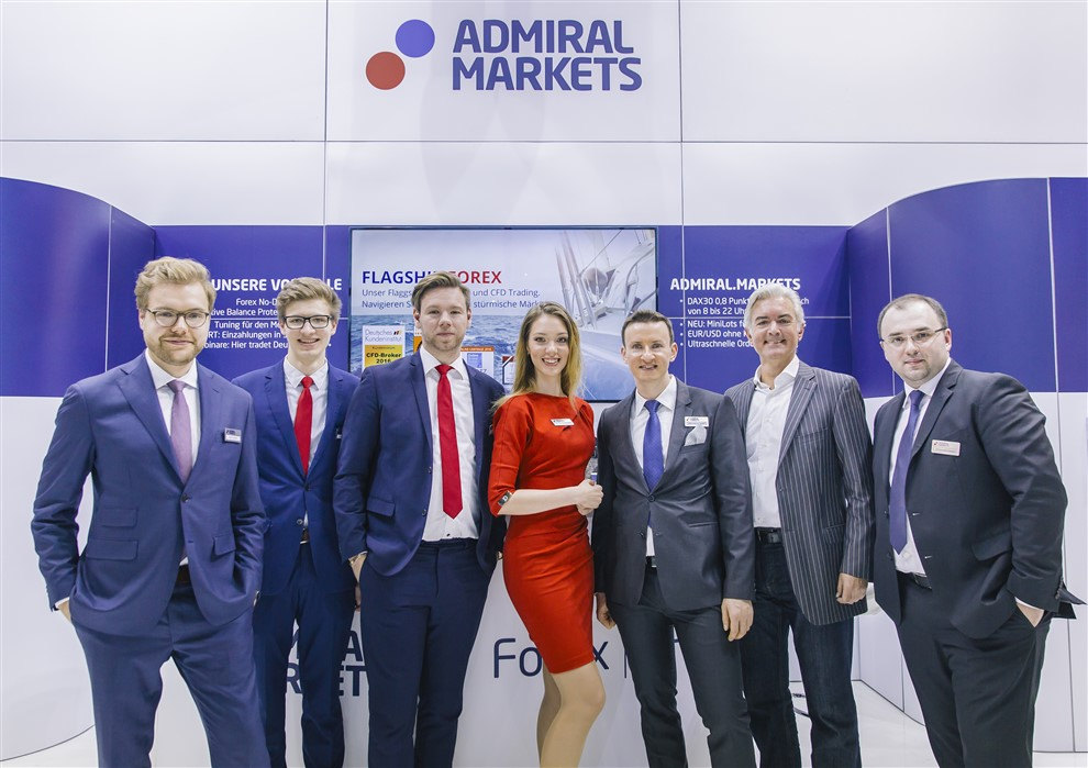 Admiral Markets Kundenservice Team Berlin auf der Messe World of Trading 2016