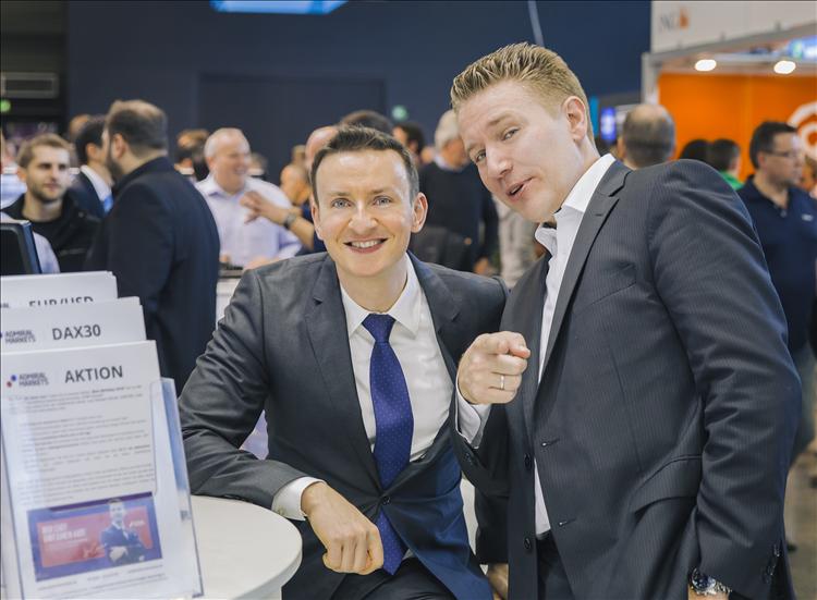 Dirk und Jens am Stand von Admiral Markets, WoT 2016 in Frankfurt