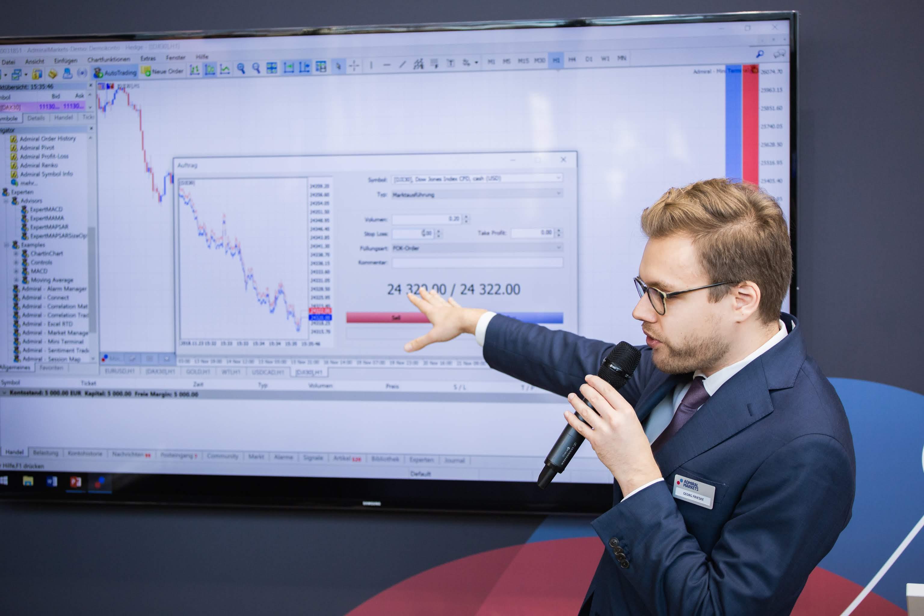 Georg Frieske dalās ar Admiral Markets ekskluzīvās papildprogrammas MetaTrader Supreme Edition iespējām