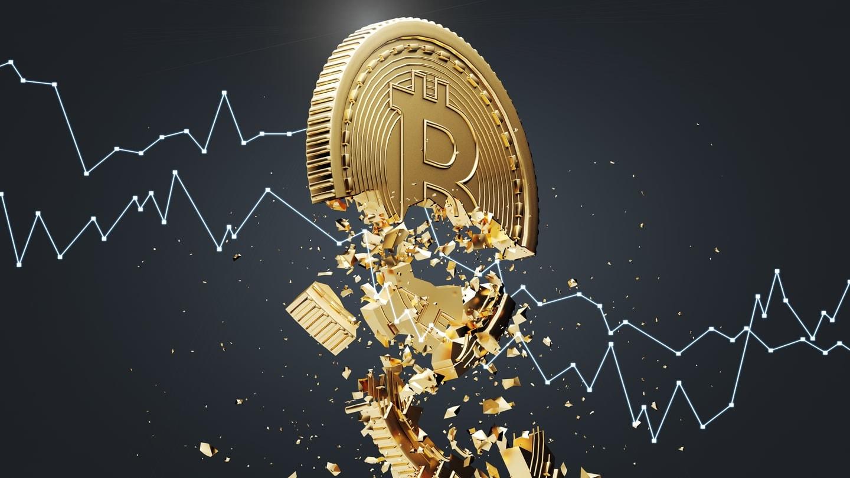Bitcoin zuhanás