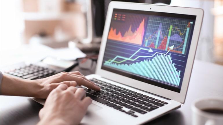 Рост акций в ноутбуке
