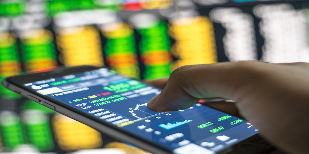 How to Open a MetaTrader 4 Account Both Live & Demo