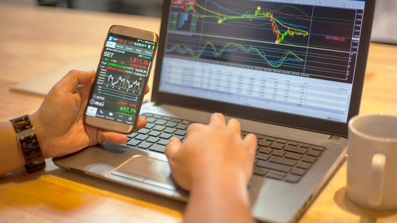 Đầu tư cổ phiếu là gì? Làm thế nào để mua bán cổ phiếu online - Admirals